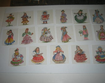 Prints of dolls of Many Countries (17)