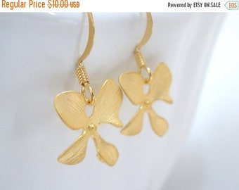 SALE Gold Flower Earrings, Matte Finished, Orchid Four Petal Flower, Orchid Earrings, Weddings, Bridesmaid Earrings, Bridesmaid Gifts