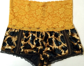 Wild Animal High Waisted Velvet Knickers // Gold // Size XS (2-4)