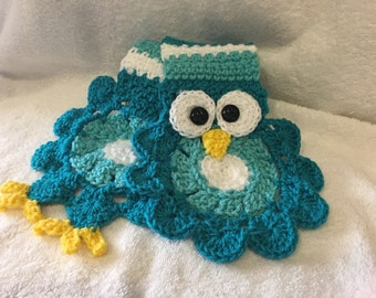 Crochet Owl Scarf in Shades of Blue