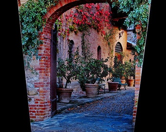 Wastebasket - Tuscan Winery Entrance