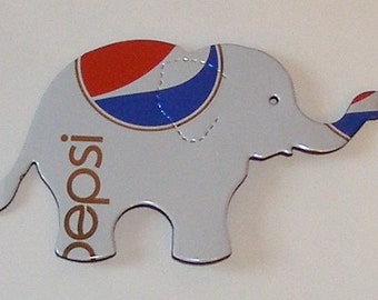 Elephant Magnet - White Diet Caffeine Free Pepsi Cola Soda Can