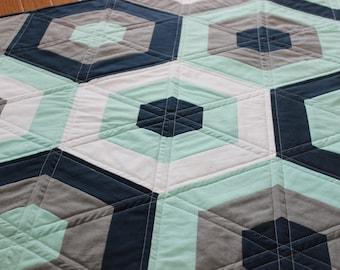 Modern Baby Quilt - Hexagon Quilt - Solids Quilt - Boy Quilt