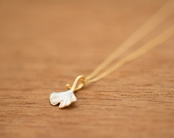 Gingko Leaf - Japanese jewelry - pendant head & chain - Gingko jewelry - Autumn leaf - Gold and silver - Classic design - free shipping