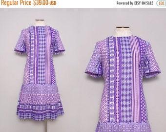 1960s Mod Shift Dress / Vintage 60s Pleated Drop Waist Skimmer Dress / Large