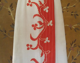 70s abstract red and white flowered maxi skirt