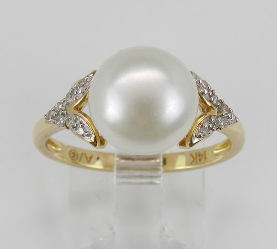 14K Yellow Gold Diamond and Pearl Engagement Ring Promise Ring Size 7