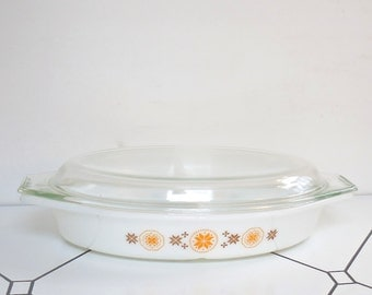 Pyrex Divided Casserole Dish with Lid Town and Country