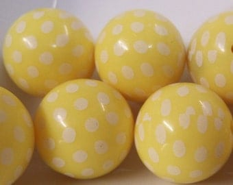 20mm, 10CT, Yellow and White Dotted Gumball Beads, C44