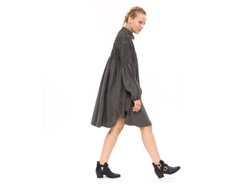 tailored dress, Grey shirt dress, Front button fastening, Oversized Fashion Dress for Winter, Long Sleeve Loose and  Relxed Fit Boho Dress