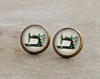 Sewing Machine Earrings .. sewing earrings, vintage style earrings, sewing machine, hobby, seamstress, jewellery