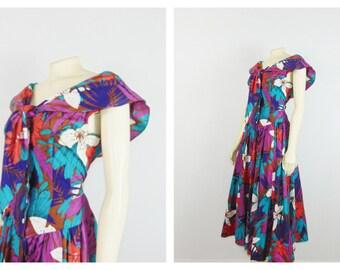 Vintage Dress 80s Floral Summer Sundress Front Tie Full Circle Skirt Medium to Large