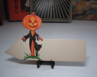 1920's unused die cut Hallmark halloween place card colorful jack o'lantern scarecrow with scary hissing black cat next to it