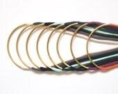 collier minimaliste avec long tube courbé, en laiton / choisissez votre couleur