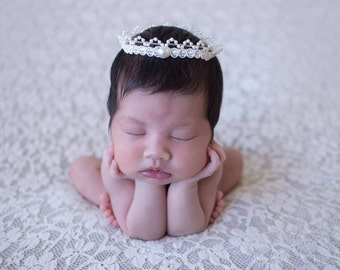 Pearl Crown Halo...Newborn Halo...Photography Prop...Halo...Baby Halo...Baby Girl Crown Halo...Newborn Pearl Halo...Crown...Pearls