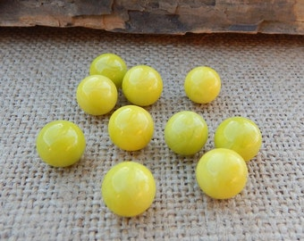 Lime Green Game Marbles  ~  1970 Rattle Battle Game Marbles  ~  10 Lime Green Marbles  ~  Lime Green Marbles  ~  1970 Marbles