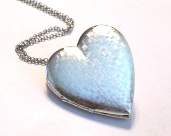 Large Silver Heart Locket, Textured Silver Locket, Very Large Basket Weave Heart Locket, Silver Plated Heart Pendant Necklace