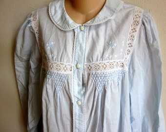 Vintage cotton robe nightgown button front cozy cool  M