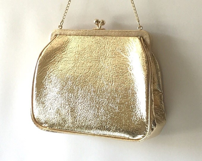 JR USA Old Vintage Gold Handbag Purse. Golden Vinyl leather handbag. Gold evening bag. Signed designer gold purse. Vintage glamour.