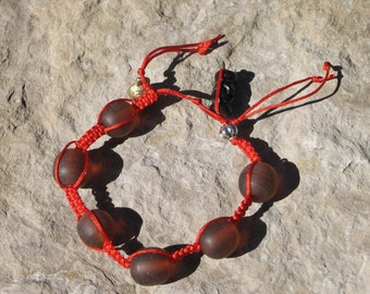 Nicole Wong hand knotted bracelet with amber resin beads  NW218