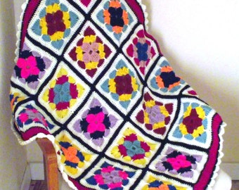 crochet Granny Square Throw / blanket. newly made , vintage retro, Afghan