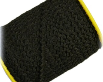 "Narrow Black RicRac. 3/16"" Black Ric Rac Trim. Skinny Black Ric Rac. Scalloped BlackTrim. 3 Yards"