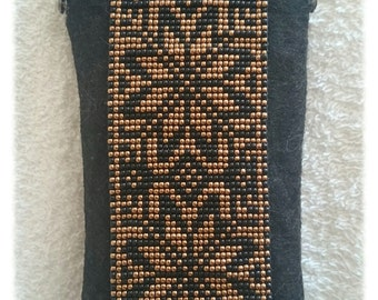 Black ornamented morning star beadloom felt glasses case, pouch with clasp frame