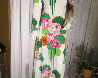 1960's Ladies Hawaiian floral Print Dress by JULIE MILLER