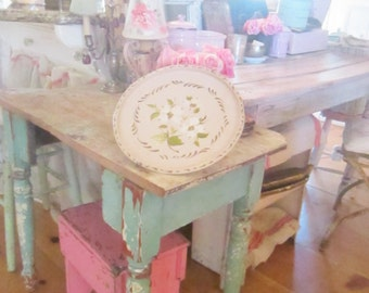 Vintage chippy pale pink and roses  metal tole tray with roses shabby chic prairie