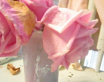 Vintage tulip metal silver and pink  chippy vase  shabby chic prairie