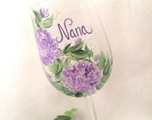 Personalized lavender hydrangea hand painted wine glass for mom, aunt, sister, cousin, grandma, daughter, in laws,  friend, etc