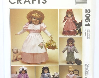 "UNCUT McCall's Crafts 2061 18"" Doll Clothes Sewing Pattern"