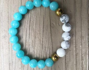 Beaded Bracelet Jade 8mm and White Howlite Gemstone beaded bracelet