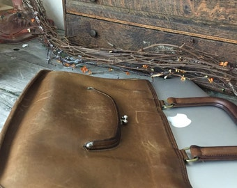 Vintage Coach Leather Light Tan Distressed Brief Case Bag Purse Coach Bag NEW YORK Coach Clutch Cross body Notebook Sachel