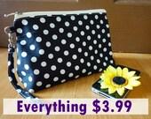 Girl gift black polka dot, black dot zipper bag, cosmetic bag, zipper bag, cool black zipper pouch, black polka dot , polka dot makeup bag