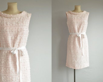 Vintage 60s Lace Dress / 1960s Mod White and Pink Embroidered Lace Party Sheath Dress