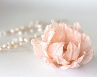 71411_Peach wedding hair accessory, Bridal hair clips, Elegant bride, Pink bridal flower, Bridal fascinator, Wedding hair clips, Flower clip