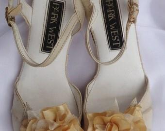 Gold Shoe Clips, Flower Shoe Clips, Wedding Accessories, Bridal Shoes Clips