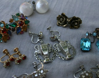 Vintage Costume Jewelry Screw Back Earrings Lot of Eight Pairs Lucy Rockabilly Retro Mad Men Mid Century