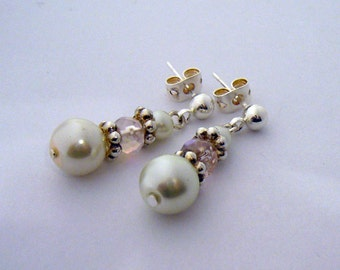 Mary (Bennet Sisters Collection) Rose and Pearl earrings
