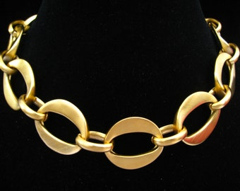 "Chunky Statement Choker Necklace.  Matte Gold Tone Big ""O"" Link Necklace has Lg Oval Connectors. 1980's Vintage.  17.5"" Sturdy Choker."