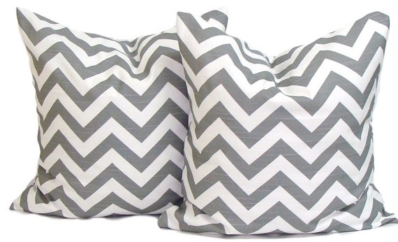 GRAY PILLOWS. SET of Two 18x18 inch.Pillow Covers.Decorative Pillows.Grey Pillows.Gray Pillows.Gray Chevron.cm.Zigzag.Chevron.Gray.cm