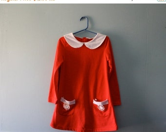 ON SALE Vintage red and white mod dress with peter pan collar / Girl's mini-dress size 4T