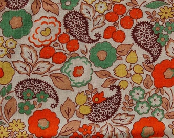1940's floral and paisley cotton fabric/ 100% cotton