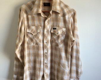Vintage mens plaid button up shirt size medium/large