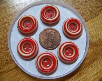 Setof 6 Vintage Red & White Swirl Buttons