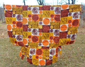 Vintage Mid Century Modern Geometric Pattern Twin Bed fitted Bedspread, Homemaker, Quilted, Coverlet, Gussets, Orange, Brown, Harvest Gold