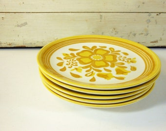Vintage Royal China Damsel Bread Plates with Yellow and Brown Daisies; Set of Five