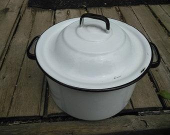 White with Black Trim Enamelware Covered Pot - Vintage Covered Kettle - Garden Decor - Planter