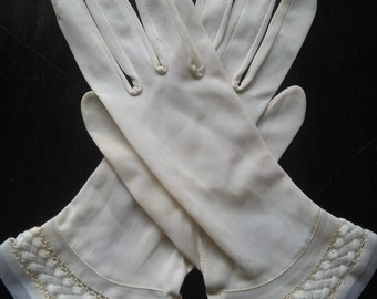 Vintage nylon cream white gloves